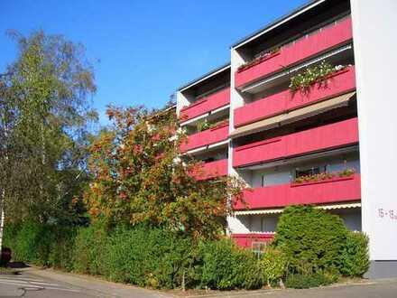 Gepflegte 4 1/2 Zimmer-Wohnung mit Loggia in Offenbach (Queich)
