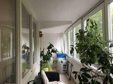 Großzügige 4-Zimmer Wohnung am Main zu verkaufen