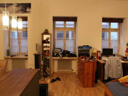 großzügige Zimmer, perfekte Lage zur Uni, Studentenverbindung: Weitere Informationen auf www.hoheneb