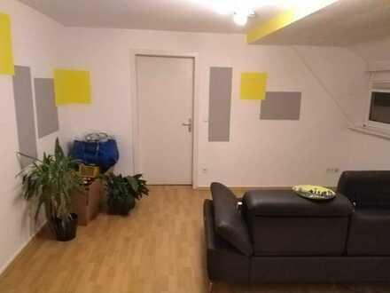 Gepflegte 3-Zimmer-DG-Wohnung mit Einbauküche in Hüfingen