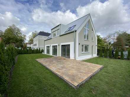 Schönes, geräumiges Haus mit vier Zimmern in Berlin, Wilhelmstadt