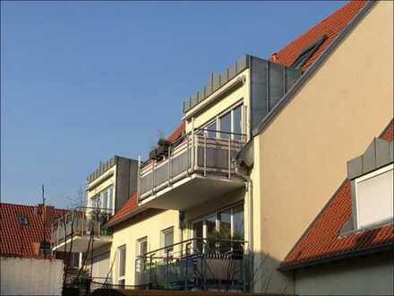 Mitten in Schwetzingen! 4 Zi.-Maisonette Wohnung mit Süd-Balkon, EBK und Stellplatz