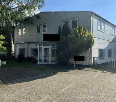 WEINHEIM / NÄHE B38 - Gewerbekomplex mit Bürogebäude & Lagerhallen und KFZ Stellplätzen