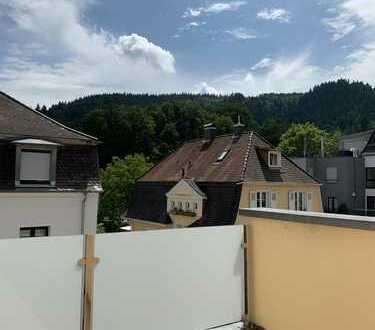 Baden-Baden - obere Fremersbergstraße - sonnige Wohnung mit Balkon und Terrasse