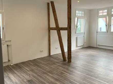 Stilvolle, sanierte 2-Zimmer-Wohnung mit EBK in Ravensburg