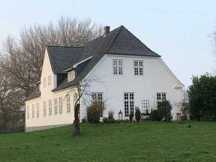 TFI: Herrenhaus im Stadtgebiet!