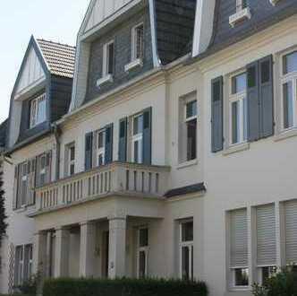 Denkmalgeschützter Altbau im Villenviertel von Bad Godesberg