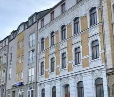unsaniertes Mehrfamilienhaus / Reihenmittelhaus in Plauen (Haselbrunn)