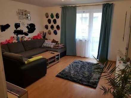 Nachmieter gesucht. Attraktive 3-Zimmer-Wohnung mit Balkon und EBK in Stuttgart Vaihingen
