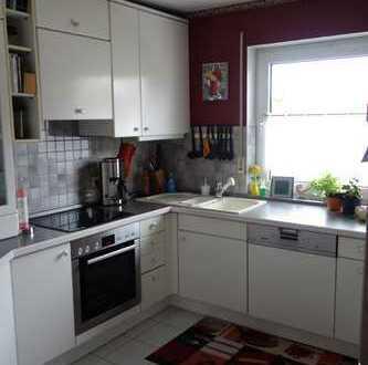 Gepflegte 3-Zimmer-Wohnung mit Balkon und Einbauküche in Weisendorf