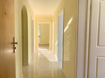 Stilvolle, vollständig renovierte 4-Zimmer-Wohnung mit Balkon und EBK in Oberkochen