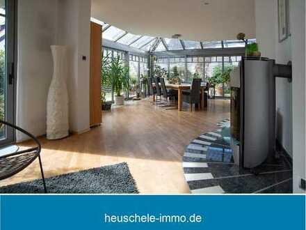 Exklusives Einfamilienhaus mit Aufzug, Weinkeller, 4 Balkonen, Einliegerwohnung in Bestlage