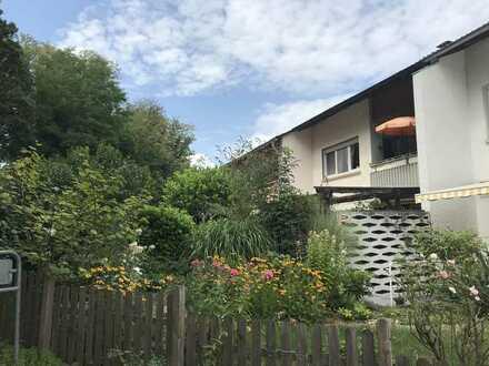Gepflegtes und freundliches 5-Zimmer-Reihenhaus zur Miete in Müllheim, zentrumsnah im Grünen