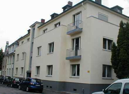 Schöne 4- Zimmer-Wohnung in Andernach, zentrale, ruhige Lage, KEIN MAKLER
