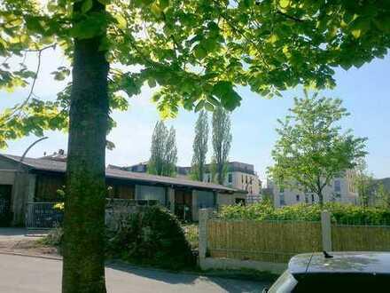 3 Zimmer- Wohnung mit Terrasse und ca. 100m² Garten