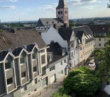 Erstbezug mit 2 Loggien: exklusive 4-Zimmer-DG-Wohnung in Siegburg