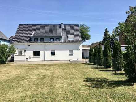 Voll vermietetes MFH. mit 5 Wohneinheiten und zusätzlichem Baugrundstück in begehrter Wohnlage