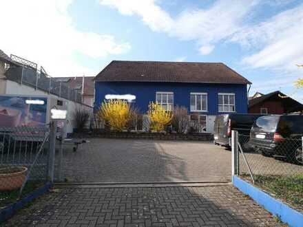 Bürogebäude mit Werkstatt und Lagerfläche in zentraler Lage von Freiburg-Tiengen