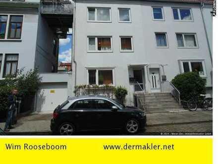 Bremen-Viertel: Mehrfamilienhaus mit 4 Wohnungen.