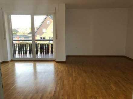 lichtdurchflutete 3 Zi.-Wohnung mit Balkon