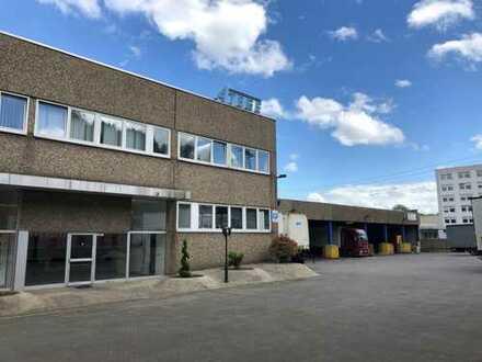Lager/Produktionshalle mit Büro und Wohnungen