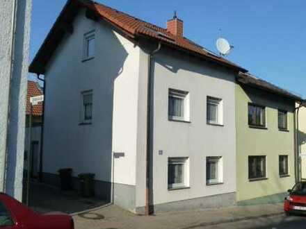 Schöne Doppelhaushälfte mit fünf Zimmern in Bad Dürkheim (Kreis), Bad Dürkheim