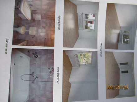 Gepflegte Hochparterre-Wohnung mit drei Zimmern sowie Balkon und Einbauküche in Peiting