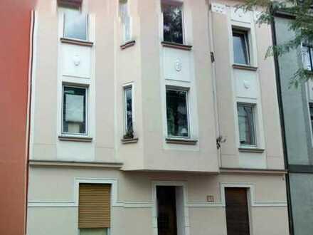 Attraktive helle 4,5 Zimmer Maisonette Wohnung mit Balkon und Blick ins Grüne