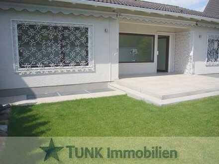 Komfortabel Wohnen auf einer Ebene! Repräsentativer Bungalow mit Garten u.Garage in Kahl