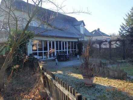 ehemaliges Vereinshaus in Radebeul als Einfamilienhaus nutzbar