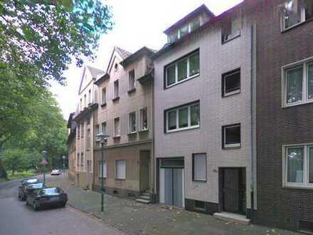 Nachmieter für 3-Zimmer-Dachgeschosswohnung mit EBK gesucht