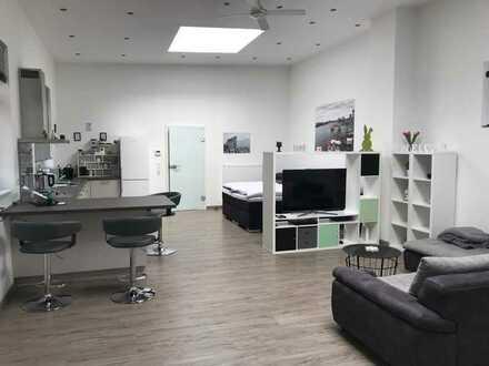 Neuwertige 1-Zimmer-Loft-Wohnung mit Einbauküche in Karlsruhe