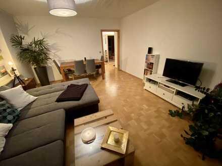 Schöne und helle 2-Raum-Wohnung mit Balkon und EBK in Schrobenhausen, möbliert