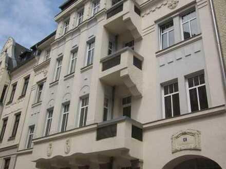 *BIRI* - günstige 2,5-Raum-Wohnung in Zentrumsnähe