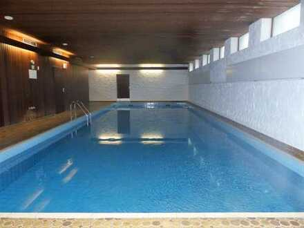 Exklusive, gepflegte 2-Zimmer-Wohnung mit 2 Balkonen und Einbauküche in Pforzheim