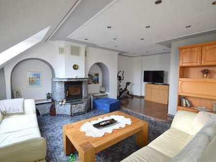 Schöne und helle 5 Zimmer-Maisonette-Wohnung !!!