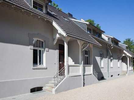 Sehr romantisches Haus mit grossem Garten in Wittlaer/ Einbrungen