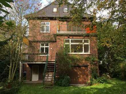 Schönes Haus mit acht Zimmern für Studenten-WG