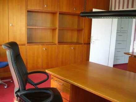 Moderne Büro/Praxisfläche 78 qm - idealer Standort für Firmengründung; bzw. Hausverwaltung, etc.