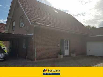 Charmantes Einfamilienhaus mit Garage und Carport
