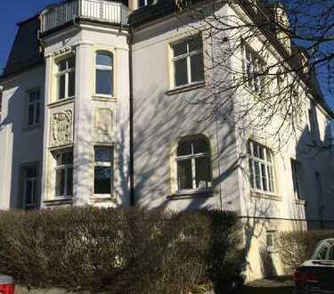 Traumhaft schöne Jugendstilwohnung mit Gartenanteil am Weißen Hirsch!