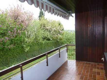 Gepflegte 4-Zimmer-Wohnung mit Balkon und EBK in Pforzheim