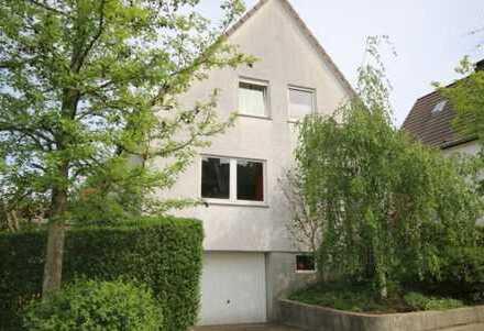 Schönes Haus mit fünf Zimmern in Essen, Heidhausen