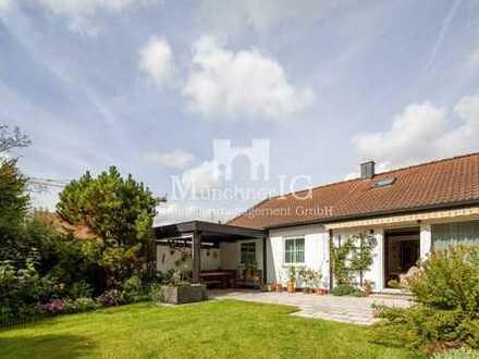 MÜNCHNER IG: Traumhaft gelegene Doppelhaushälfte mit Süd-Ausrichtung und 615m² Grundstück