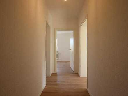 Renovierte, helle Wohnung in zentrumsnaher Lage in Emden !