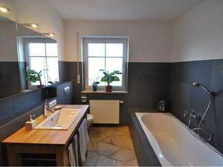 Gepflegte 3-Zimmer-EG-Wohnung mit Terrasse in Neuburg/Ried