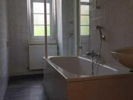Tolle Wohnung in einem stilvollen Haus zu vermieten