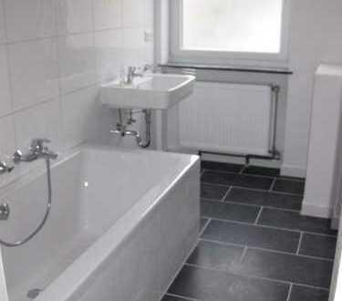 Schöne 4-Zimmer-Wohnung mit Balkon und Einbauküche in Untergiesing, München