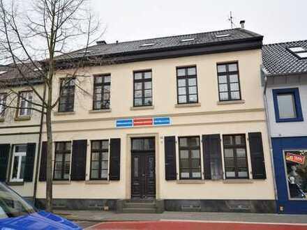 Modernes Arbeiten in ehrwürdigem Haupthaus einer Willicher Essigfabrik – *3 Einheiten*