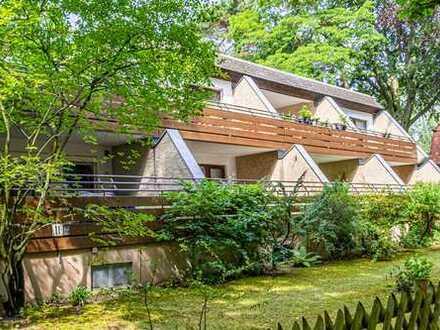 Zur Kapitalanlage: Dachgeschosswohnung mit großer Terrasse in ruhiger, grüner Schlachtensee Lage